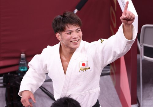 Japanese siblings enjoy magical night with two judo golds at Tokyo 2020